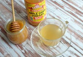 apple-cider-vinegar-honey-drink-for-colds-hip2save