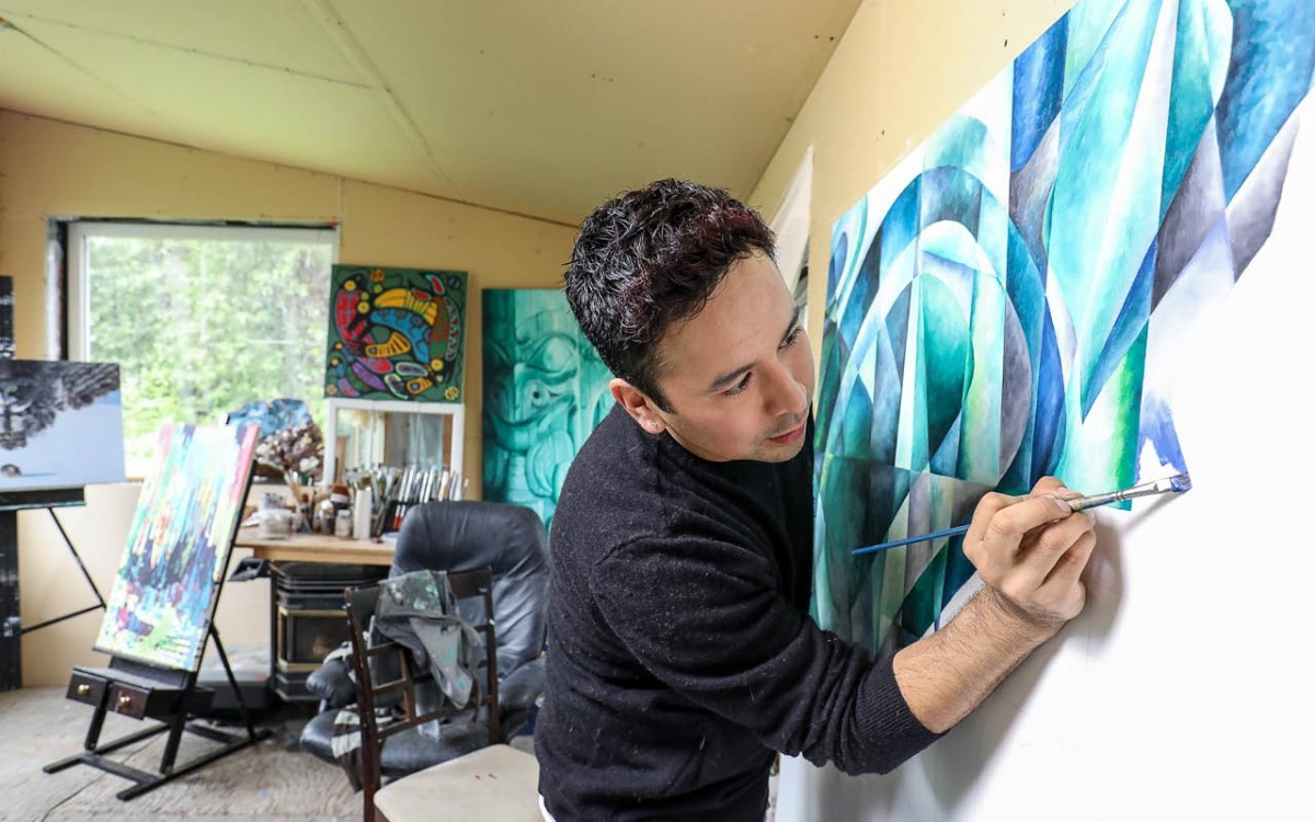 Pemberton's new banner art makes headlines